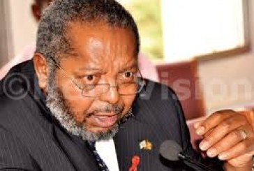 Mutebile bemoans slow secondary market as Stanbic is named 2015 Primary Dealer
